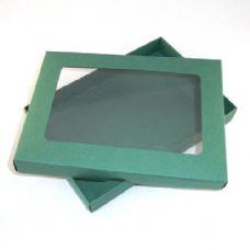 "5"" x 7"" Green Invitation Boxes With Aperture Lid"